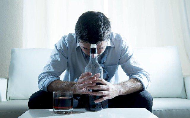 Como lidar com um filho alcoolista?